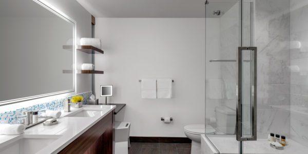 arthotel_kingqueenbathroom_v2s