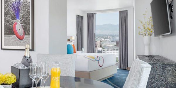 rooms_arthotel_mountainviewsuitebedroom_v2s